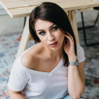 Анна Ковтунова
