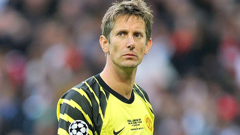 Edwin van der Sar's Greatest Saves For Manchester United