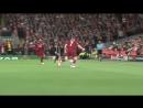 Milner derrama o cu do Neymar no chão