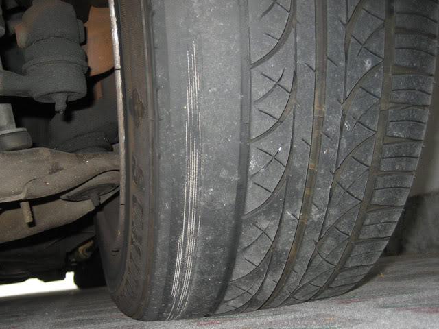 vIkGCPav6X8 - Определяем неисправности по характеру износа шин