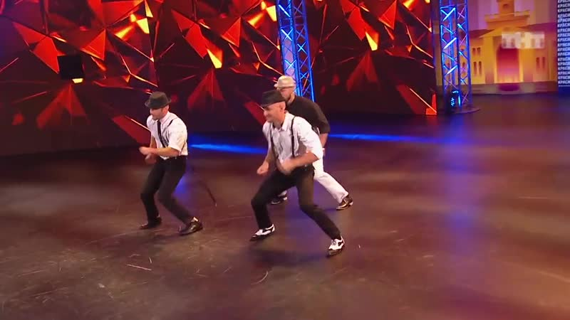 Танцы Трио Танкерс (Apashe Feat. Panther Odalisk - No Twerk)(сезон 2, серия 5)