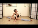 Flexible girl show studio Valentina Suvorina