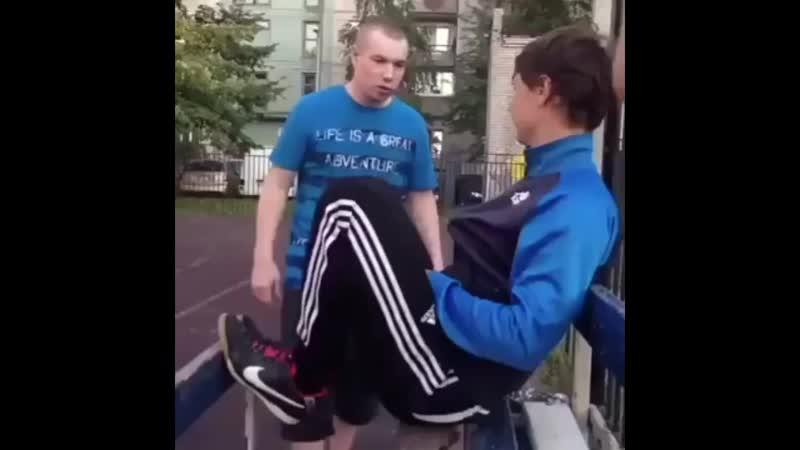 Заступился за друга !.mp4