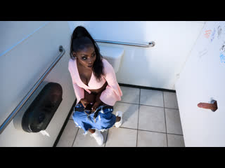 Osa Lovely - The Pitstop (Big Tits, Black Hair, Ebony, Hardcore)