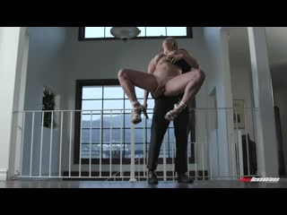 Мужик трахает пышную нимфоманку, curvy plump sex fuck fat ass natural tit porn hard oil HD pussy orgasm cum milf (Hot&Horny)
