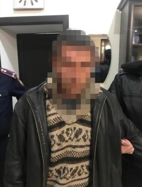 Мэра города в Казахстане уволили из-за изнасилования школьницы В Таразе 15 ноября ученицу седьмого класса школы 6 изнасиловали прямо во время урока. Девочка на занятии отпросилась у педагога в