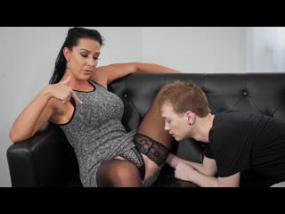 [Spizoo] Texas Patti - MILF Voluptuous Landlord Trade My Rent Fo