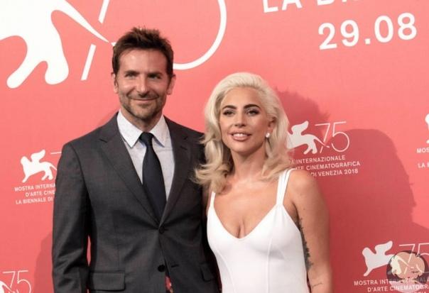 Альбом Леди Гаги и Брэдли Купера стал самой продаваемой пластинкой в мире
