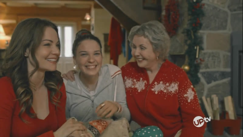 The Christmas Chalet (UP tv 2019 US)(ENG)