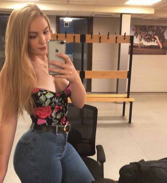 19-летняя студентка покончила с собой, испугавшись карантина В Норфолке, Великобритания, покончила с собой 19-летняя Эмили Оуэн. Девушка сильно переживала из-за необходимости карантина и