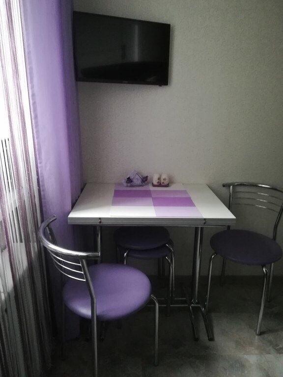 Площадь кухни 4,5 кв. м. -постарались всё нужное уместить. Как вам наш ремонт?