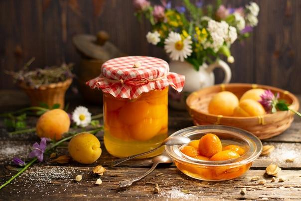 Абрикосы в сиропе  ароматный абрикосовый компот с кардамоном из очищенных от кожицы фруктов