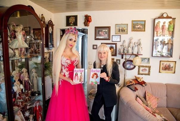 2 самых известных коллекционера Барби встретились!