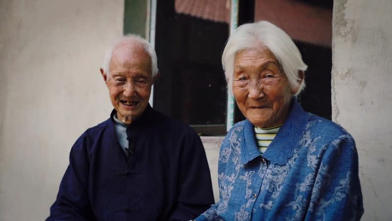90 летние супруги и их плантация дендробиума