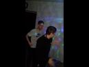 лихие парни танцуют