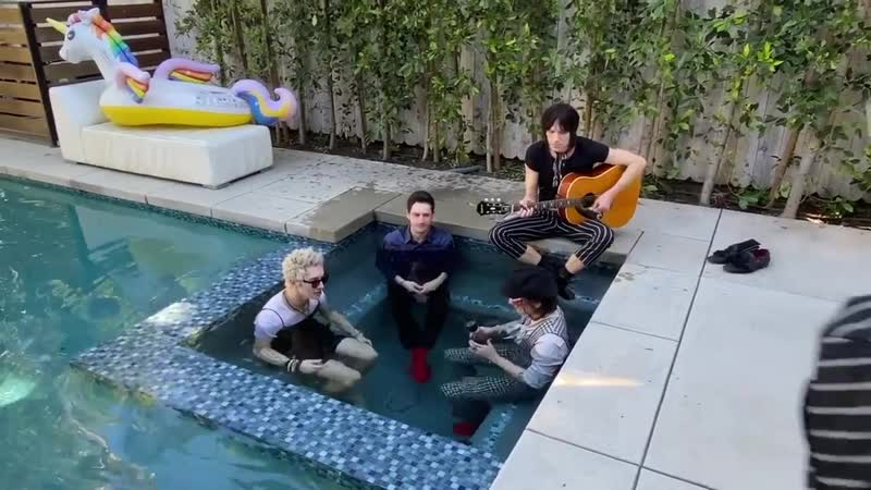 Palaye Royale Dying in a Hot Tub 21 03 2020