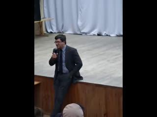 Встреча главы администрации города Мурманска Евгения Никоры с жителями Ленинского округа