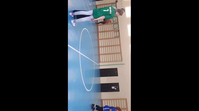 Спорт . Луга. Баскетбол девушки.