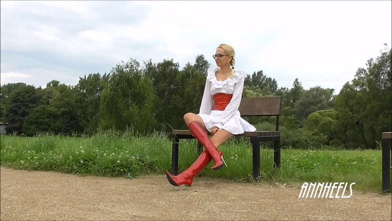 ANIA red corset and boots