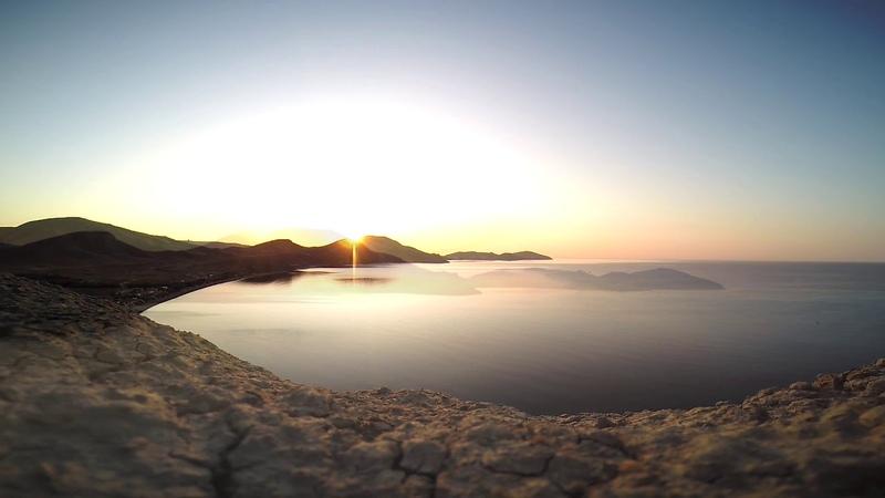 Восхитительный рассвет Коктебель мыс Хамелеон Тихая Бухта чистый пляж море лето 2019 релакс
