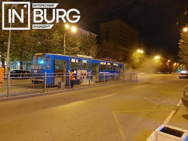 На улице Гагарина, рядом с пересечением с пр. Лени...