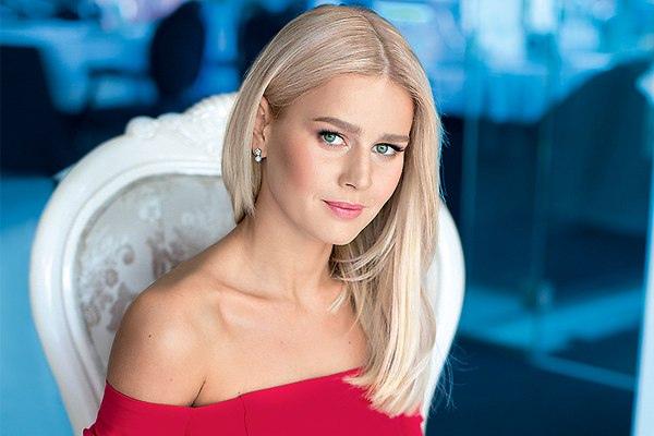 Сегодня свой день рождения отмечает Кузнецова Екатерина Олеговна.
