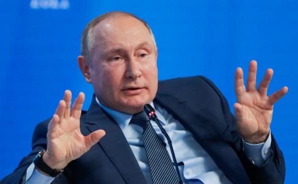 Путин ответил на вопрос о планах оставаться президентом д...