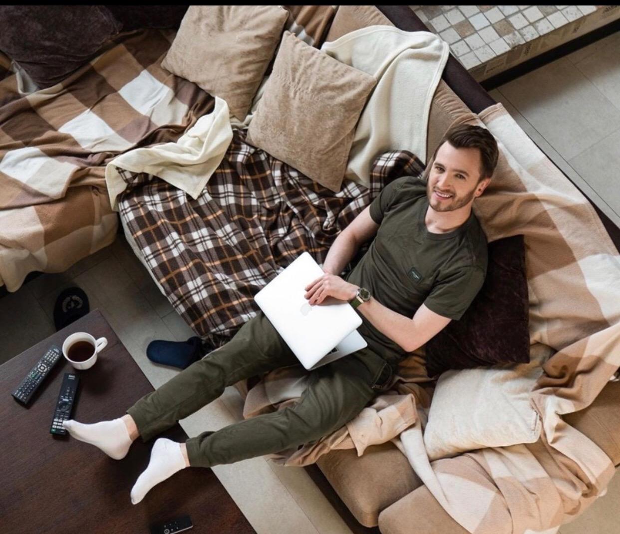 Влад Кадони о работе дома