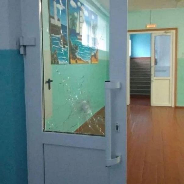 12-летний ученик открыл стрельбу в школе под Пермь...