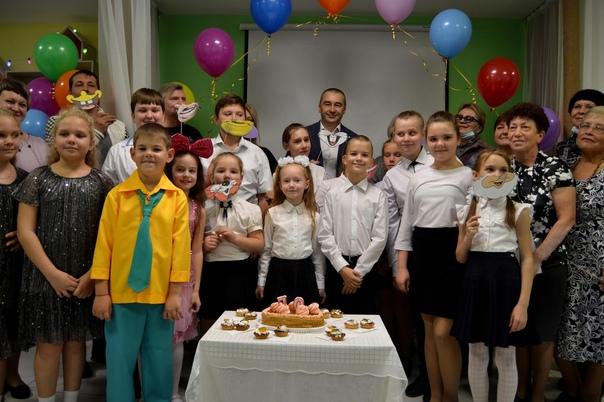 Детская библиотека Еманжелинска отмечает юбилей! 🎉...