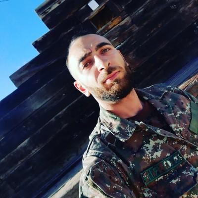 Hakuna, 30, Yerevan