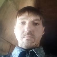 Максим Новоселов