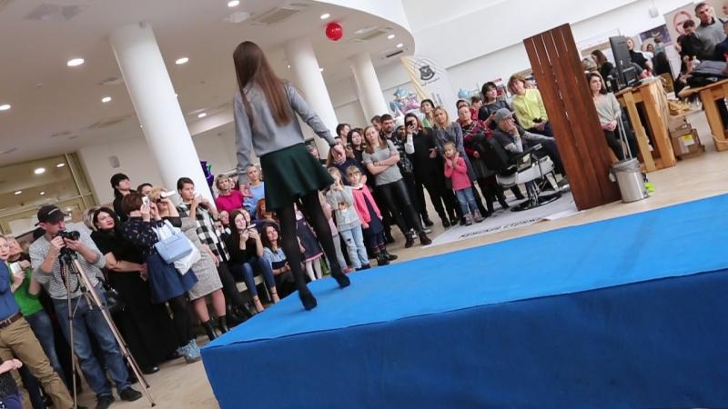 Презентация Академии красоты и таланта 11 ноября 2017 года на выставке Новая жизнь выход Юли