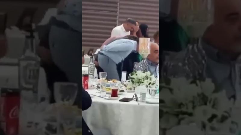 CHPli Bayraklı Belediye Başkanı Serdar Sandaldan skandal görüntüler! Koronavirüs tedbirleri yok