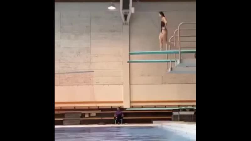 Идеальный прыжок. На это можно вечно...
