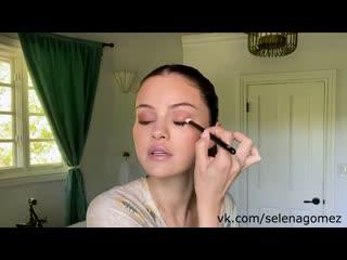 Selena Gomez's Guide to the Perfect Cat Eye _ Beauty Secrets _ Vogue (русская озвучка)