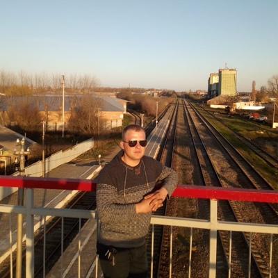 Андрей, 28, Zernograd