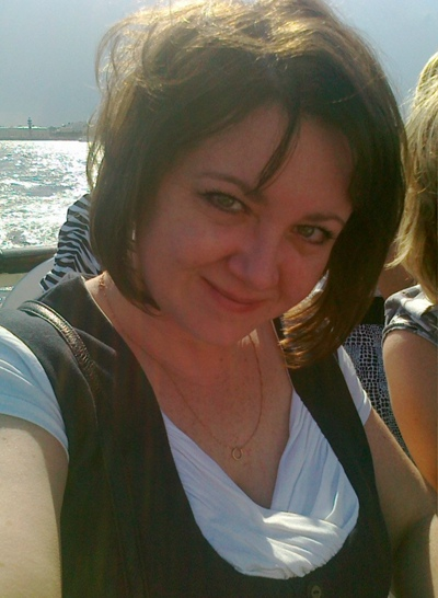 Оля, 45, Saint Petersburg