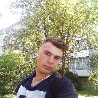 Илья, 18, Gatchina