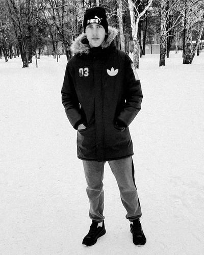 Артём, 21, Igarka