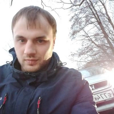 Максим, 27, Luga