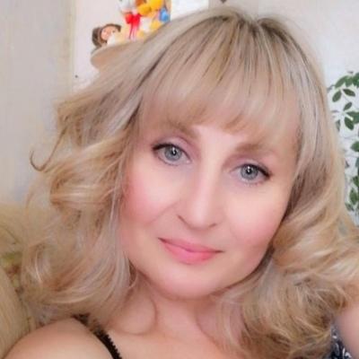 Юля, 46, Nizhnyaya Tura
