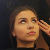 Anna  Yanssen