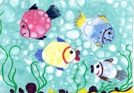 РИСУЕМ МЫЛЬНЫМИ ПУЗЫРЯМИ Мыльные пузыри переливающиеся всеми цветами радуги, всегда вызывают улыбку и восторг. А вы знаете, что мыльными пузырями можно рисовать Это очень интересная техника, она